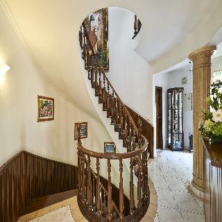 Cheerfulway Bertolina Mansion