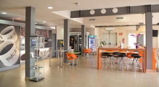 B B Hotel Valencia Aeropuerto