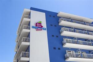 Paradise Beach Music Hotel - Adults Only 16