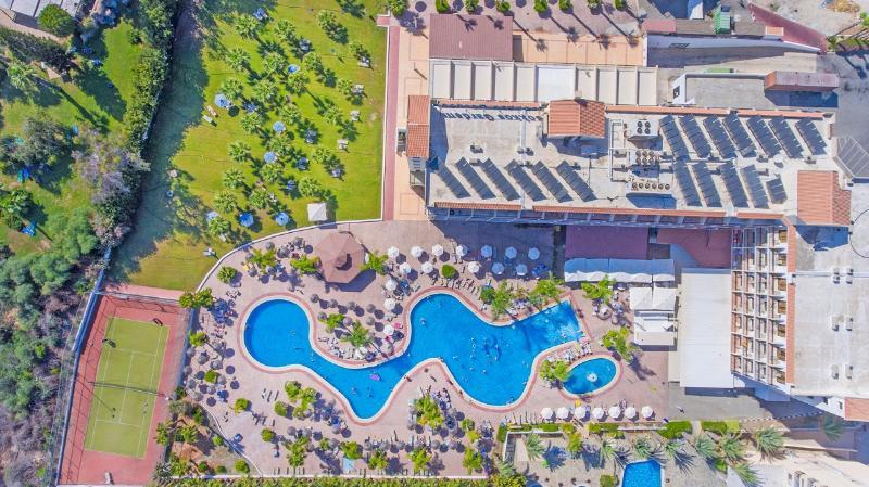 Hotel Tsokkos Garden