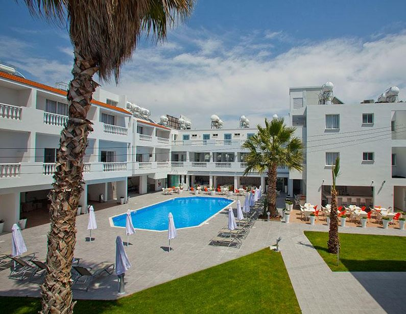 Princessa Vera Hotel And Apartments