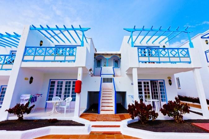 Atlantis Las Lomas Apartamentos