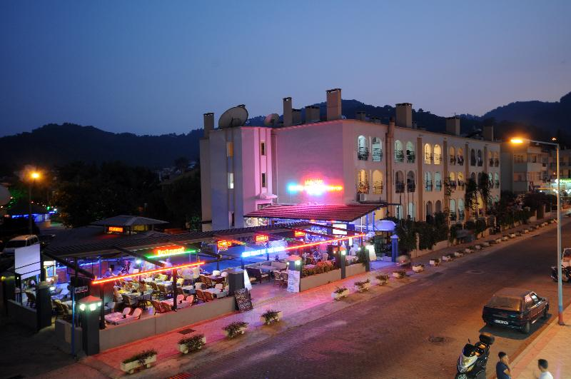 Hotel Grand Villa Sol Apartments